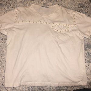White t shirt with pearls